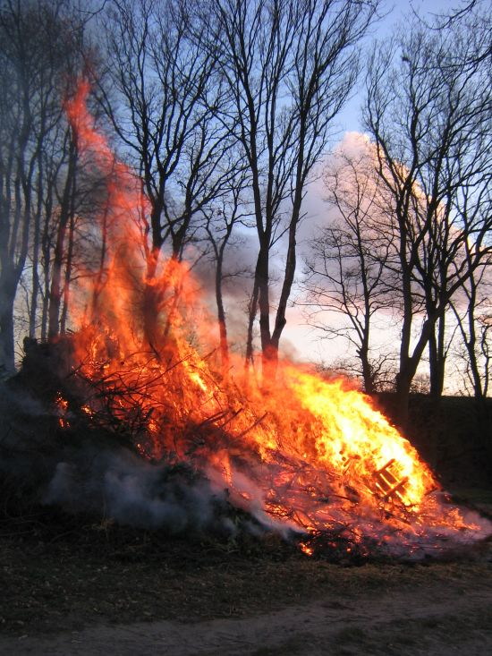 osterfeuer2007003